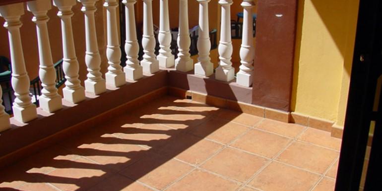 Cieno-balcon,-Ref